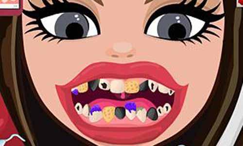 观察女孩主要看牙齿,那么如何观察小女孩的齿相呢