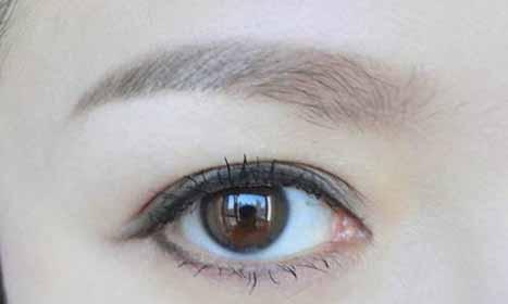从面相学总结眼白发青蓝的女人面相特点