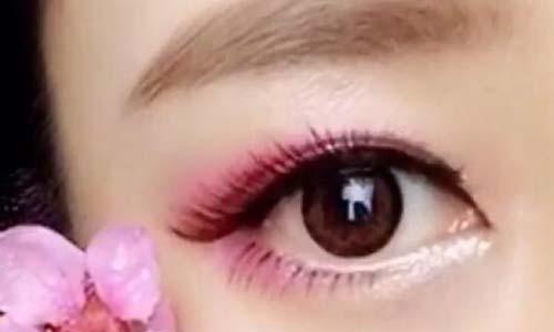 通过女人大眼睛、眼睛外凸看感情运势?桃花运是否旺盛?